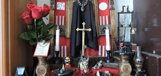 写真⑤ まっ死神が好きだってことで・・・・・ 好き嫌いあるからねーあまり多く語りません。 でもこのディスプレー結構プラモデル使ってますよ。 わかるかな~わかんねーだるな~